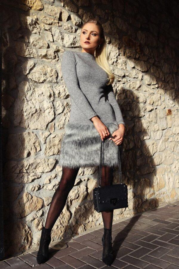 dzianinowa sukienka z futrem yololook 1.2 (Copy)
