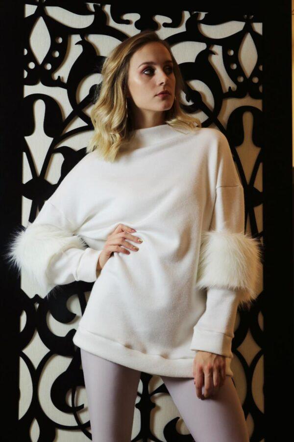 kremowy sweter z futerkiem 1.2