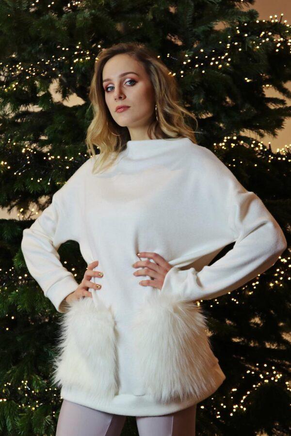 kremowy sweter z kieszeniami z futra 1.2