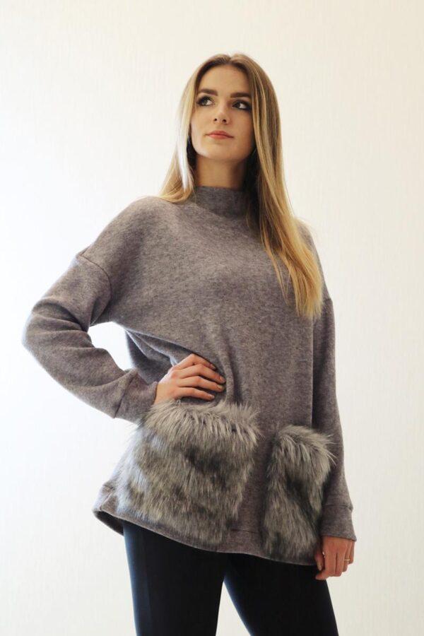 szary sweter z kieszeniami z futra 1.1