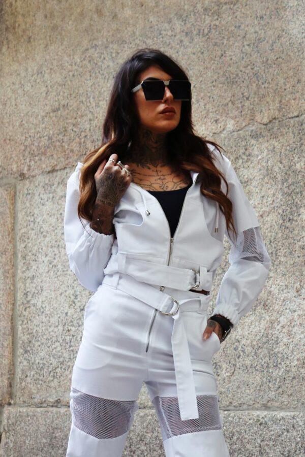 krótka kurtka z siateczka biała 1.1