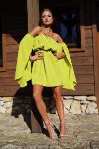 elegancka sukienka na lato seledynowa 1.2
