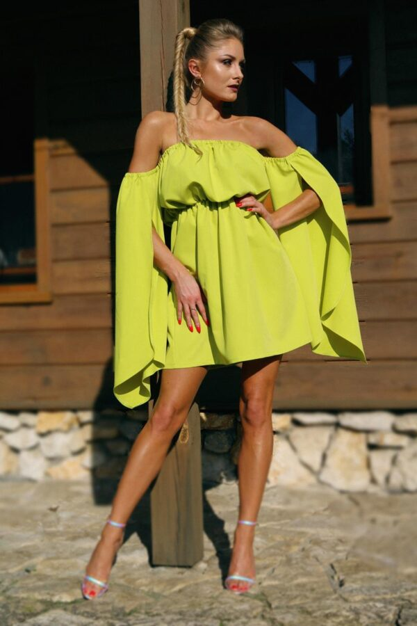 elegancka sukienka na lato seledynowa 1.3